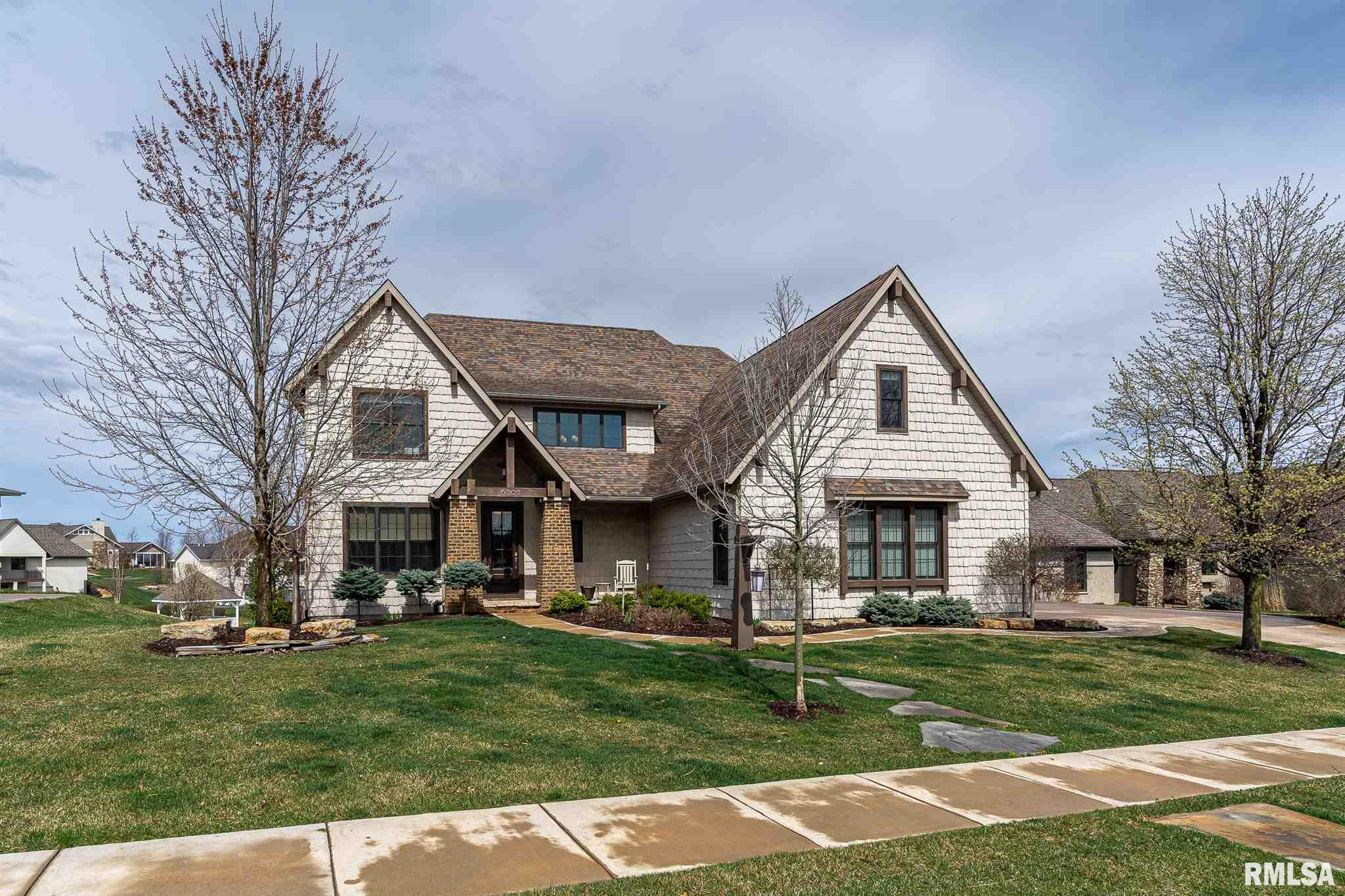 6503 BLACKBERRY Property Photo - Bettendorf, IA real estate listing