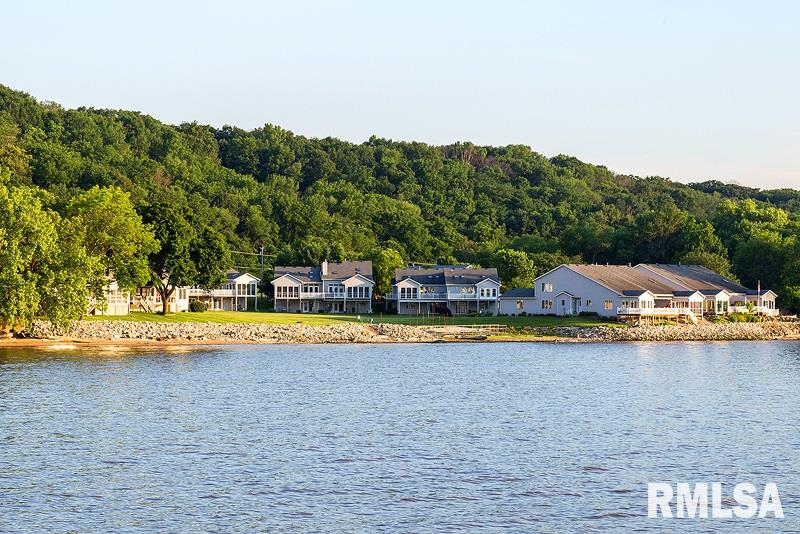 11 LIGHTHOUSE Property Photo - Hampton, IL real estate listing