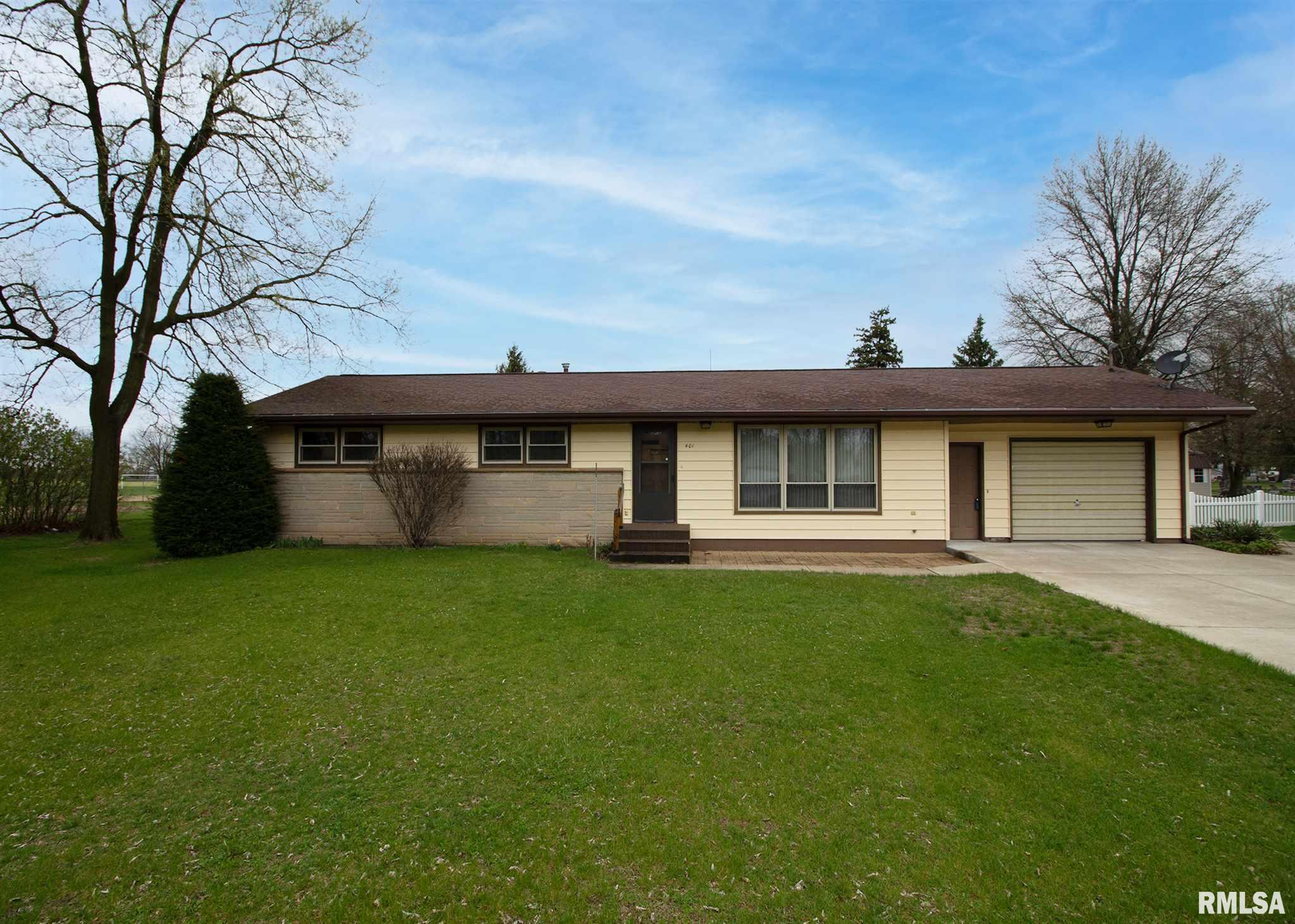 401 HIGHLAND Property Photo - Erie, IL real estate listing