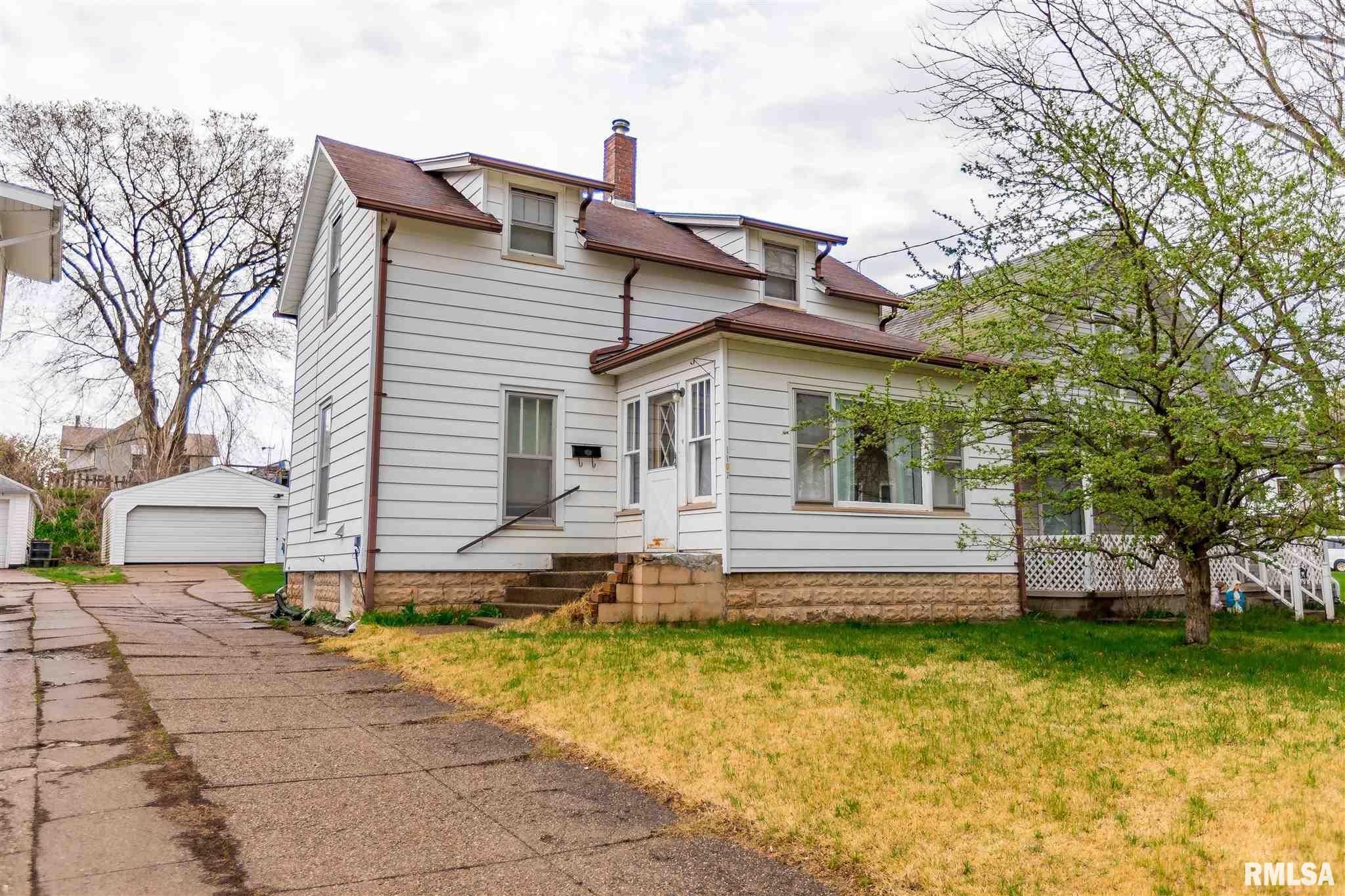 1107 ORANGE Property Photo - Muscatine, IA real estate listing