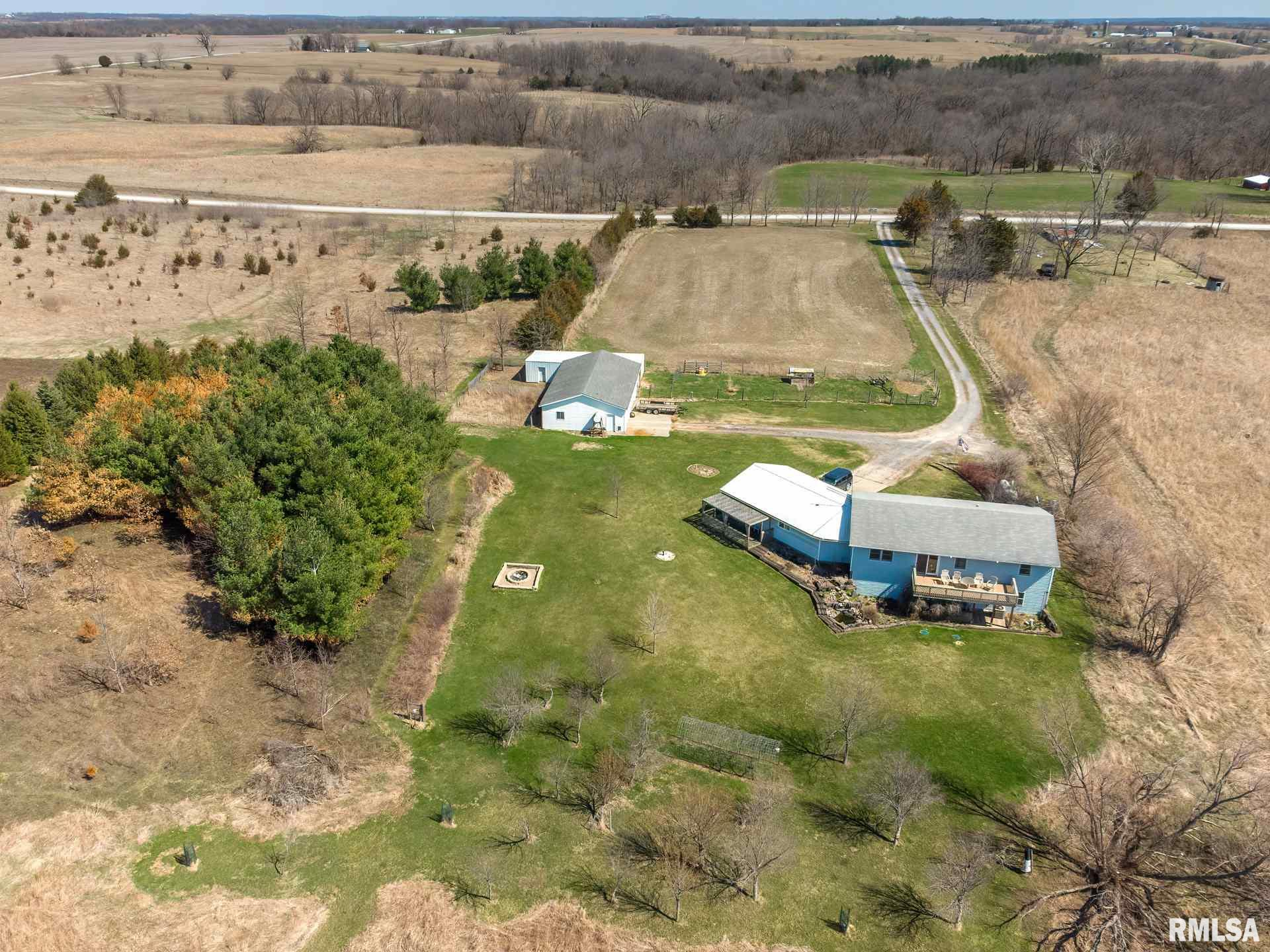 1830 Tucker Property Photo - Muscatine, IA real estate listing