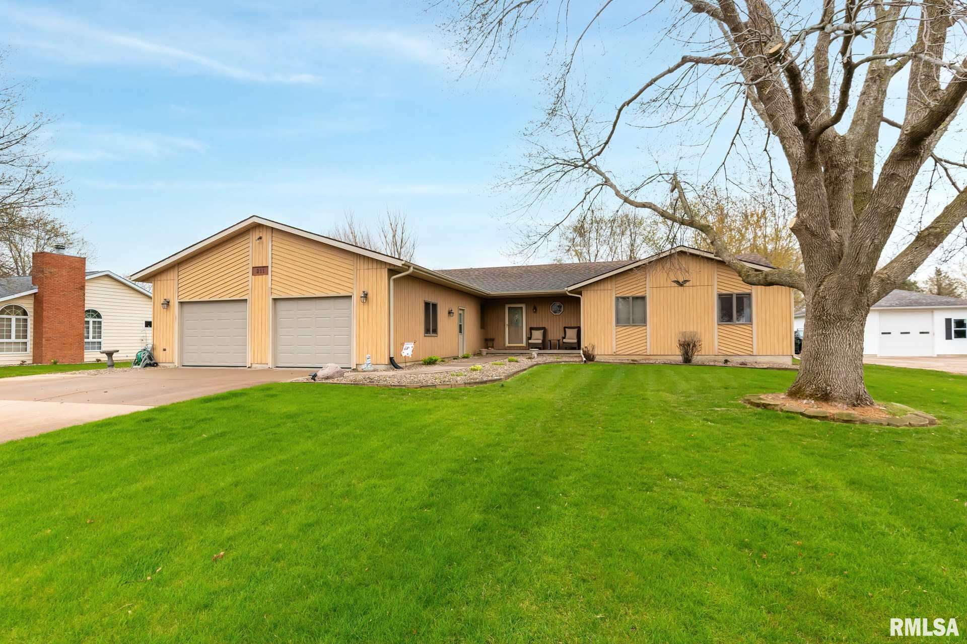 211 S 27TH Property Photo - Eldridge, IA real estate listing