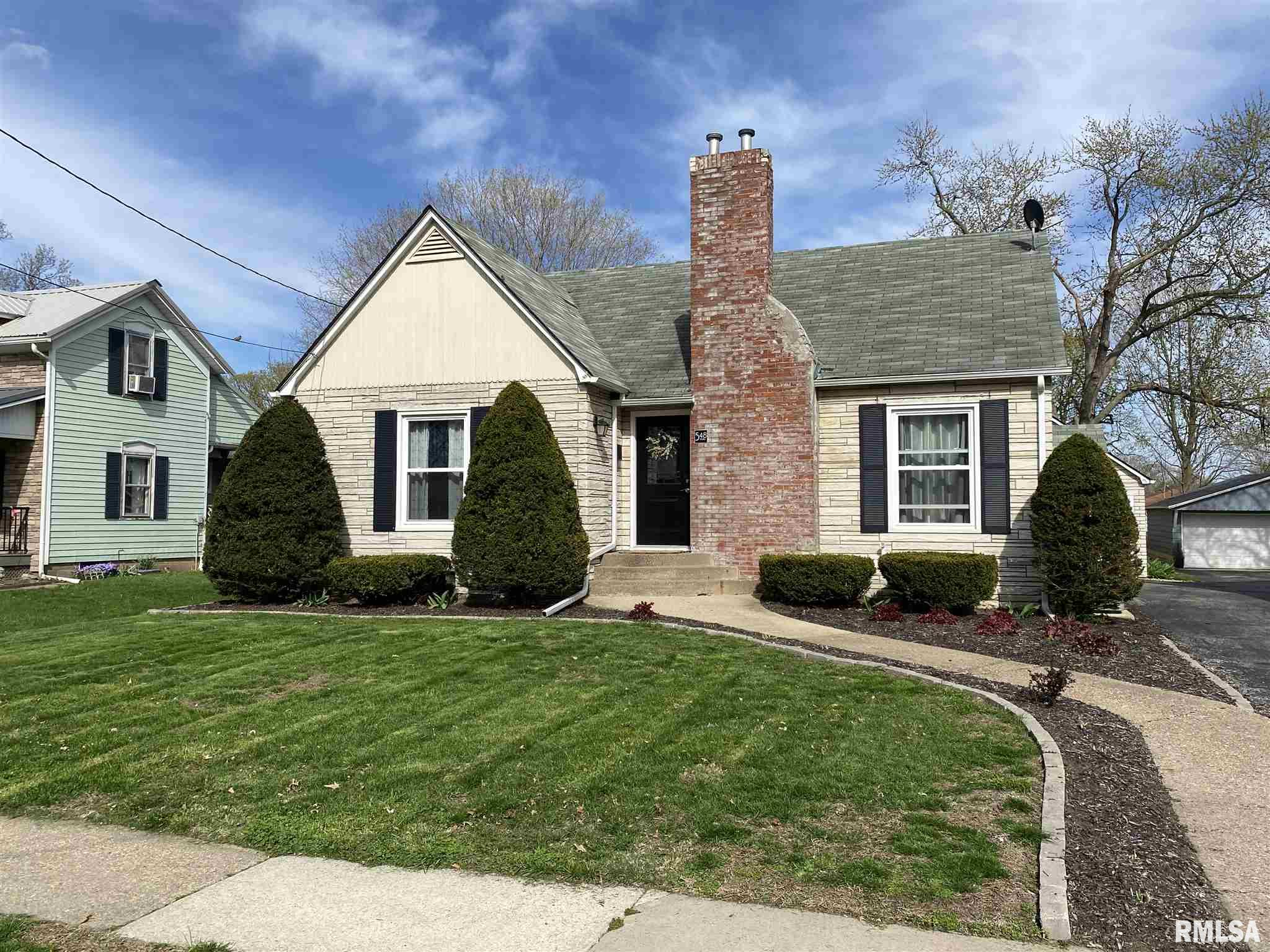 548 N STATE Property Photo - Geneseo, IL real estate listing