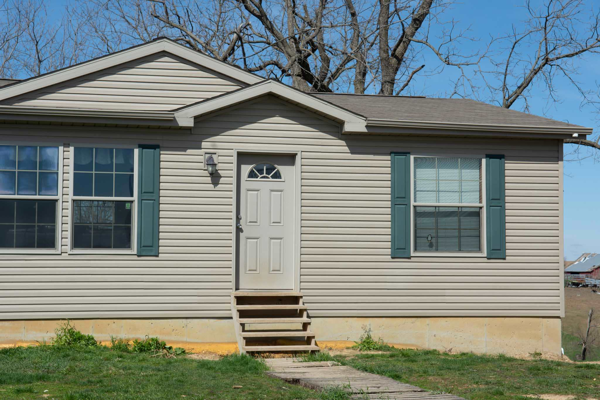 4206 210TH Property Photo - Clinton, IA real estate listing