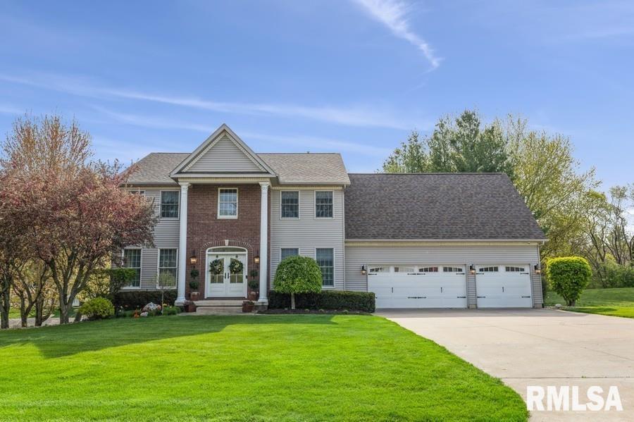 27029 LAKEVIEW Property Photo - Eldridge, IA real estate listing