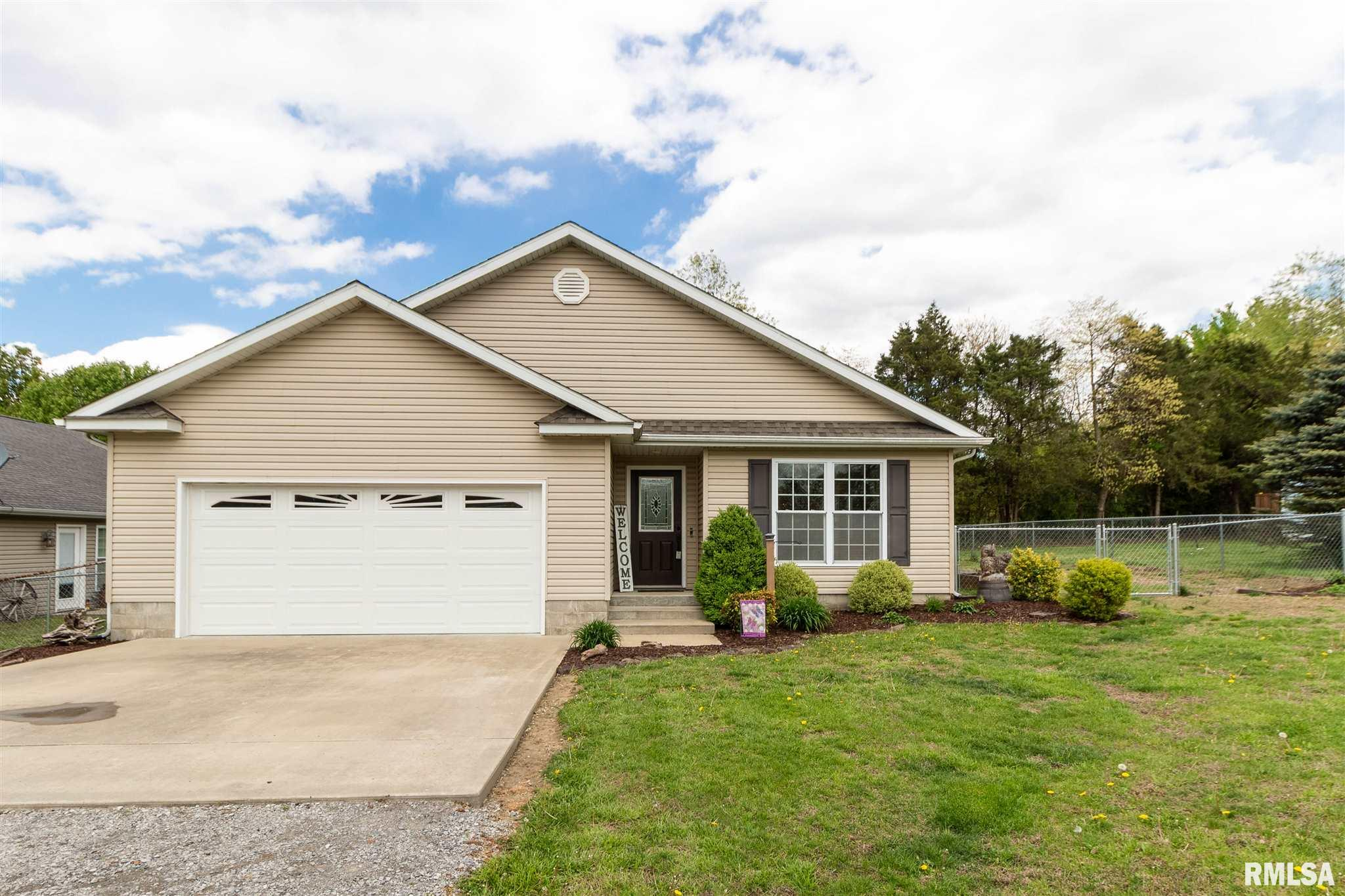 703B MULBERRY Property Photo - Goreville, IL real estate listing