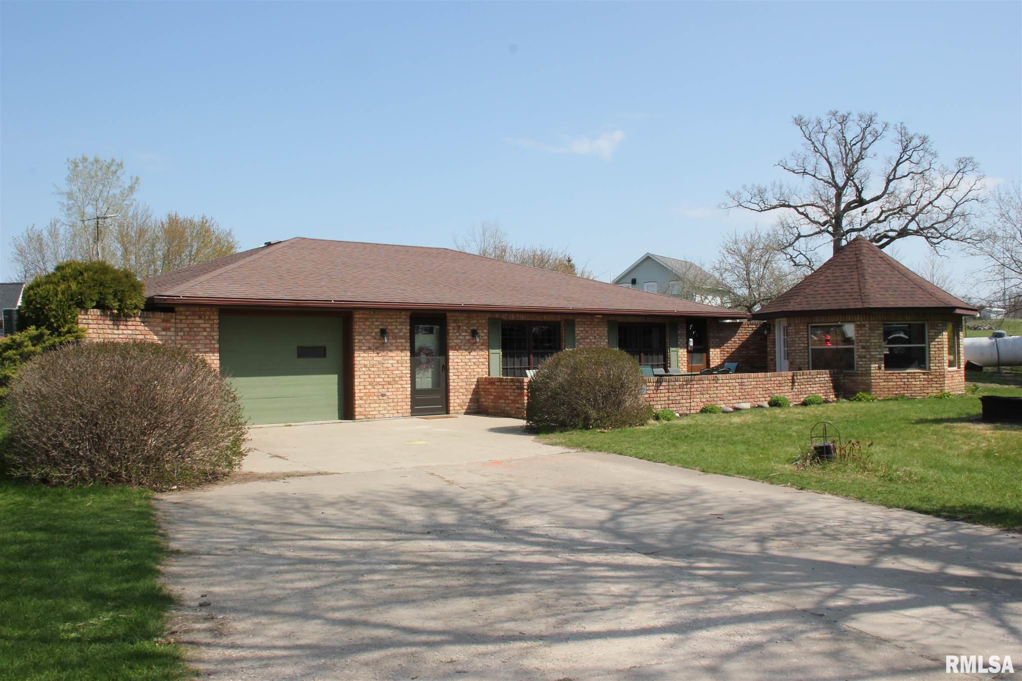 2680 252ND Property Photo - De Witt, IA real estate listing