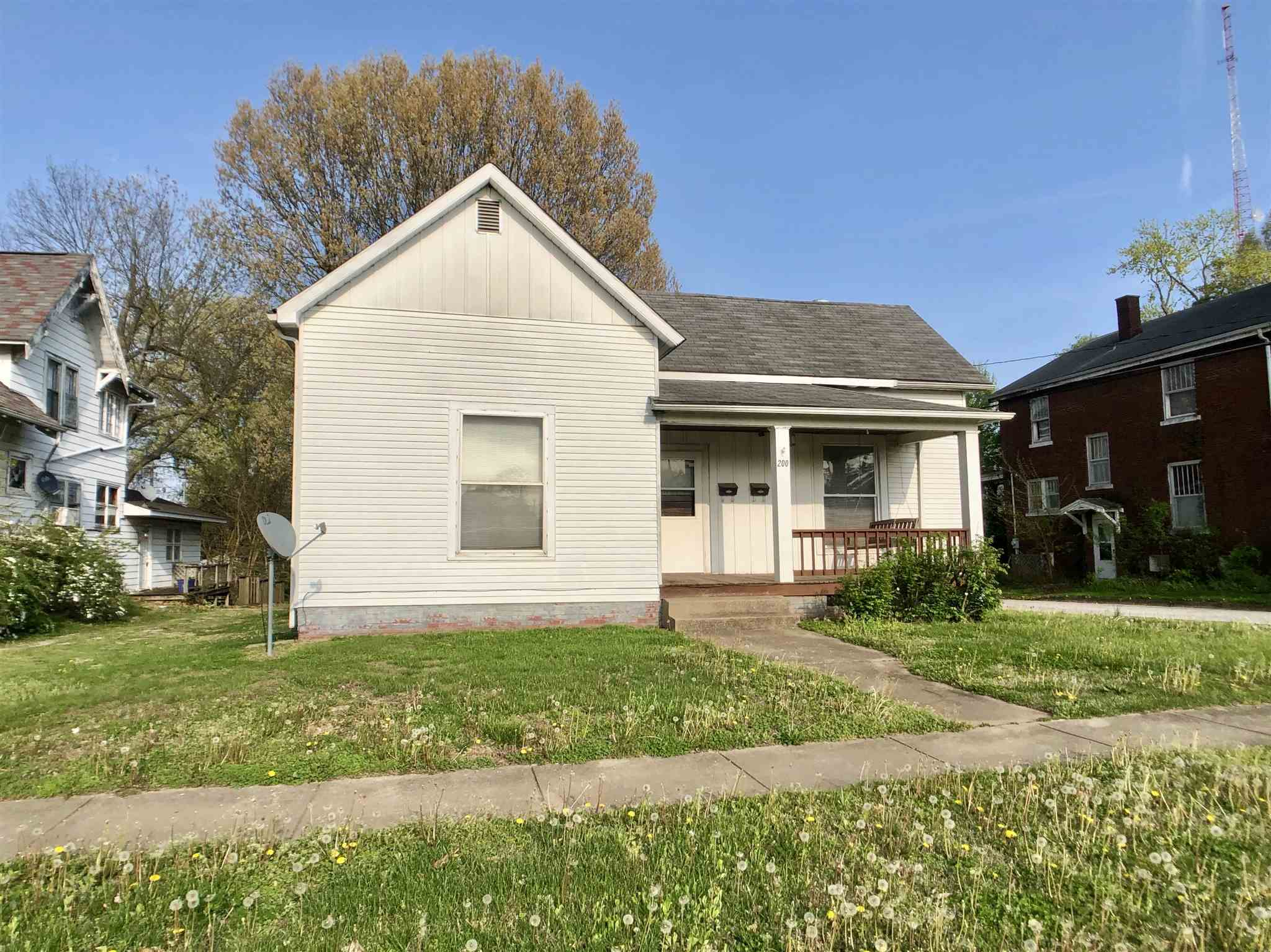 200 N Webster Street Property Photo 1