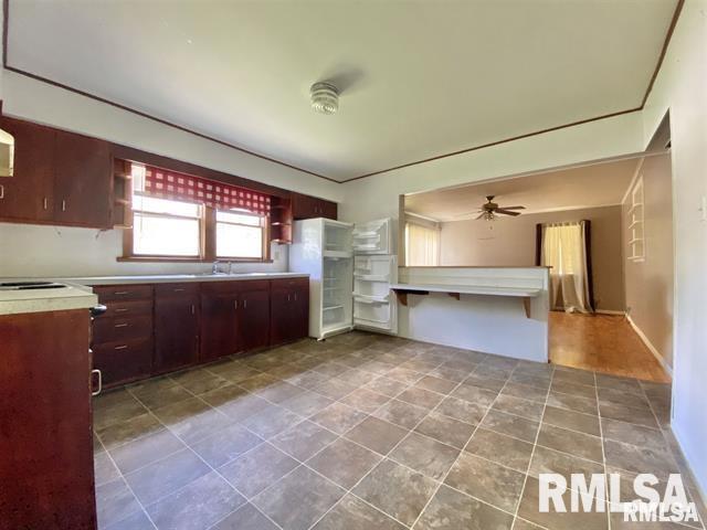 821 SOMERSET Street Property Photo 1