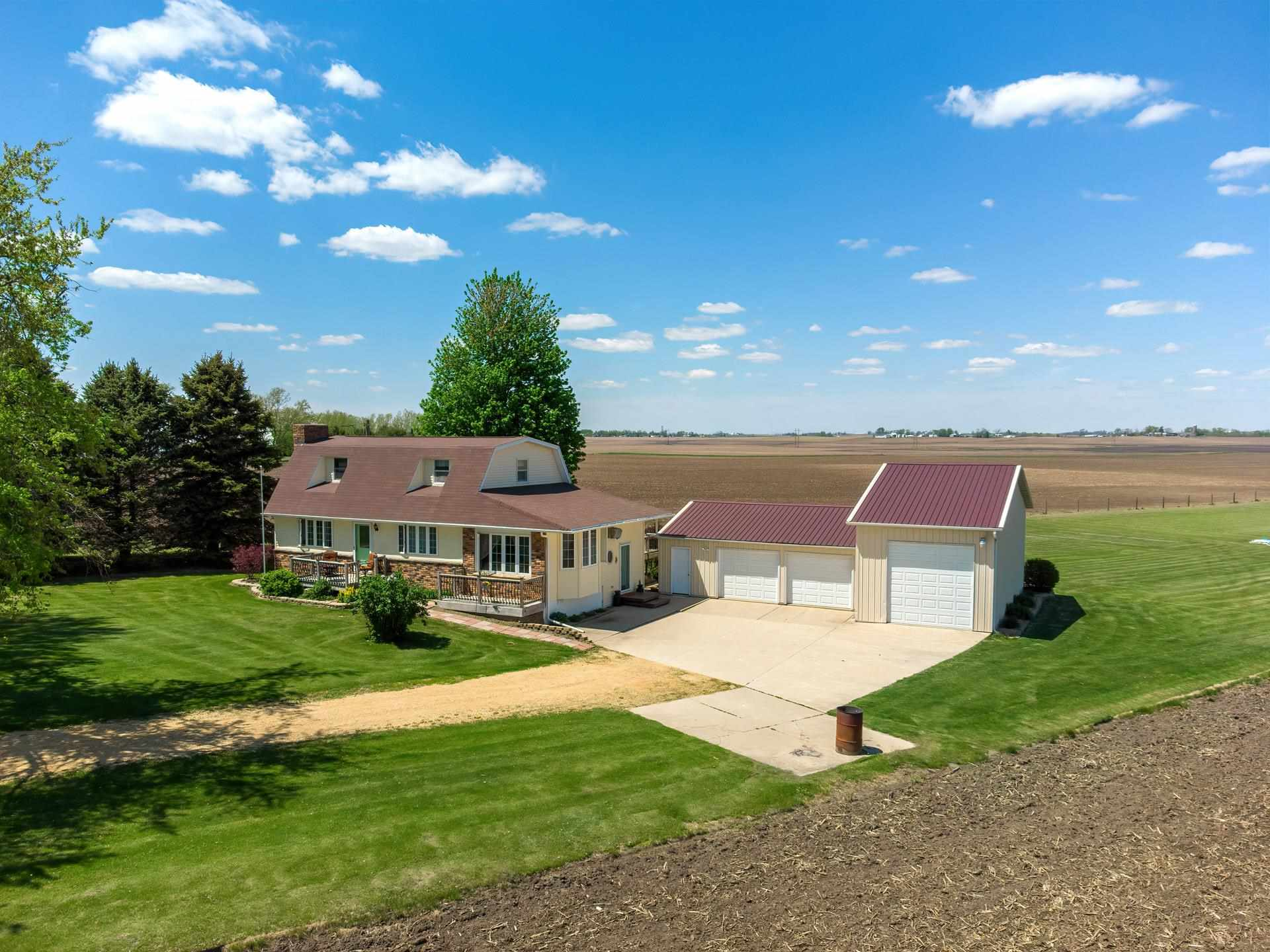 2462 255TH Property Photo - De Witt, IA real estate listing
