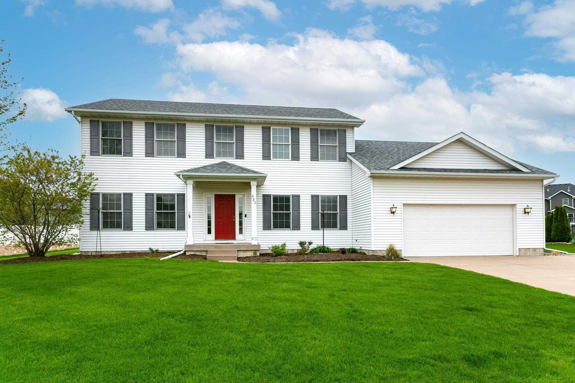 422 S TOMBERGS Property Photo - Eldridge, IA real estate listing