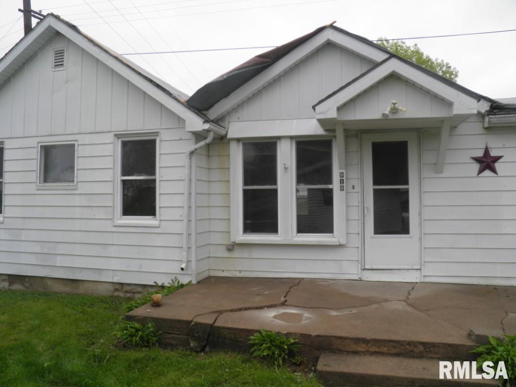 910 WASHINGTON Property Photo - Lowden, IA real estate listing
