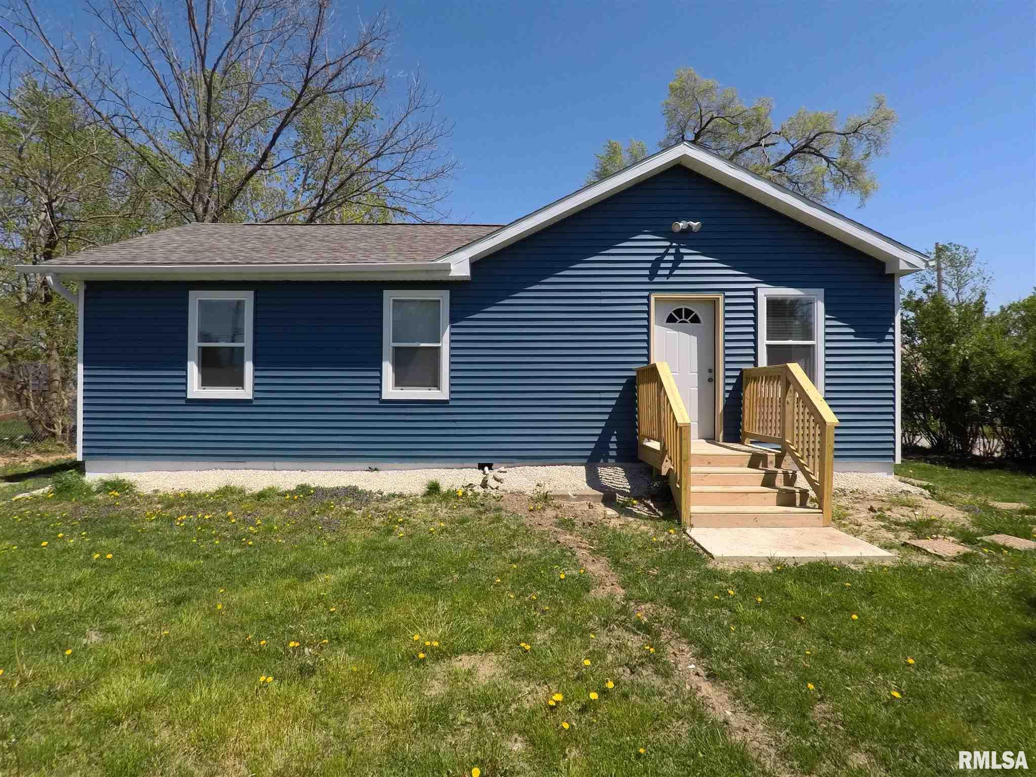 711 3RD Property Photo - Silvis, IL real estate listing