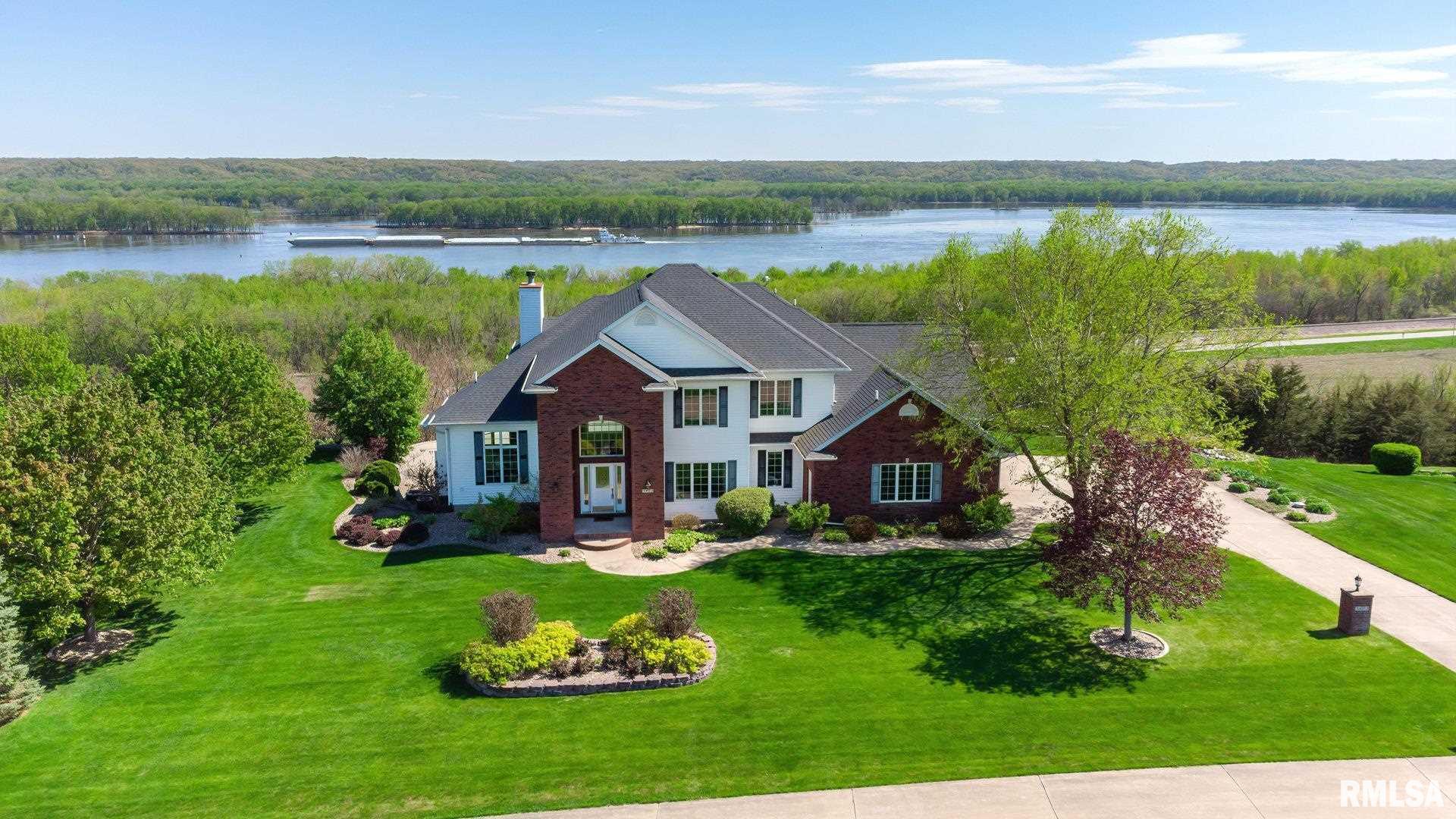 3472 BIG SKY Property Photo - Muscatine, IA real estate listing