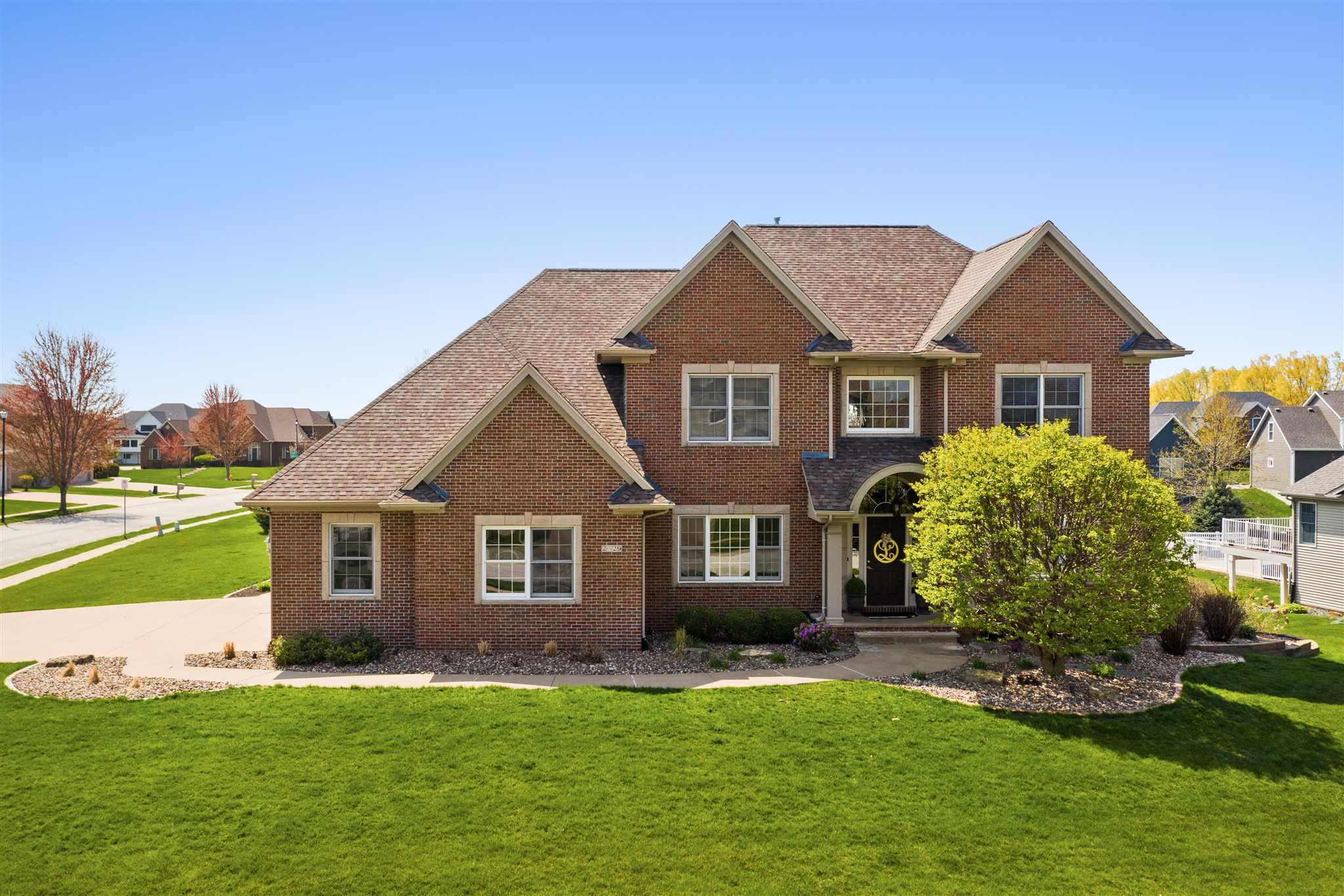 2829 E 64th Property Photo