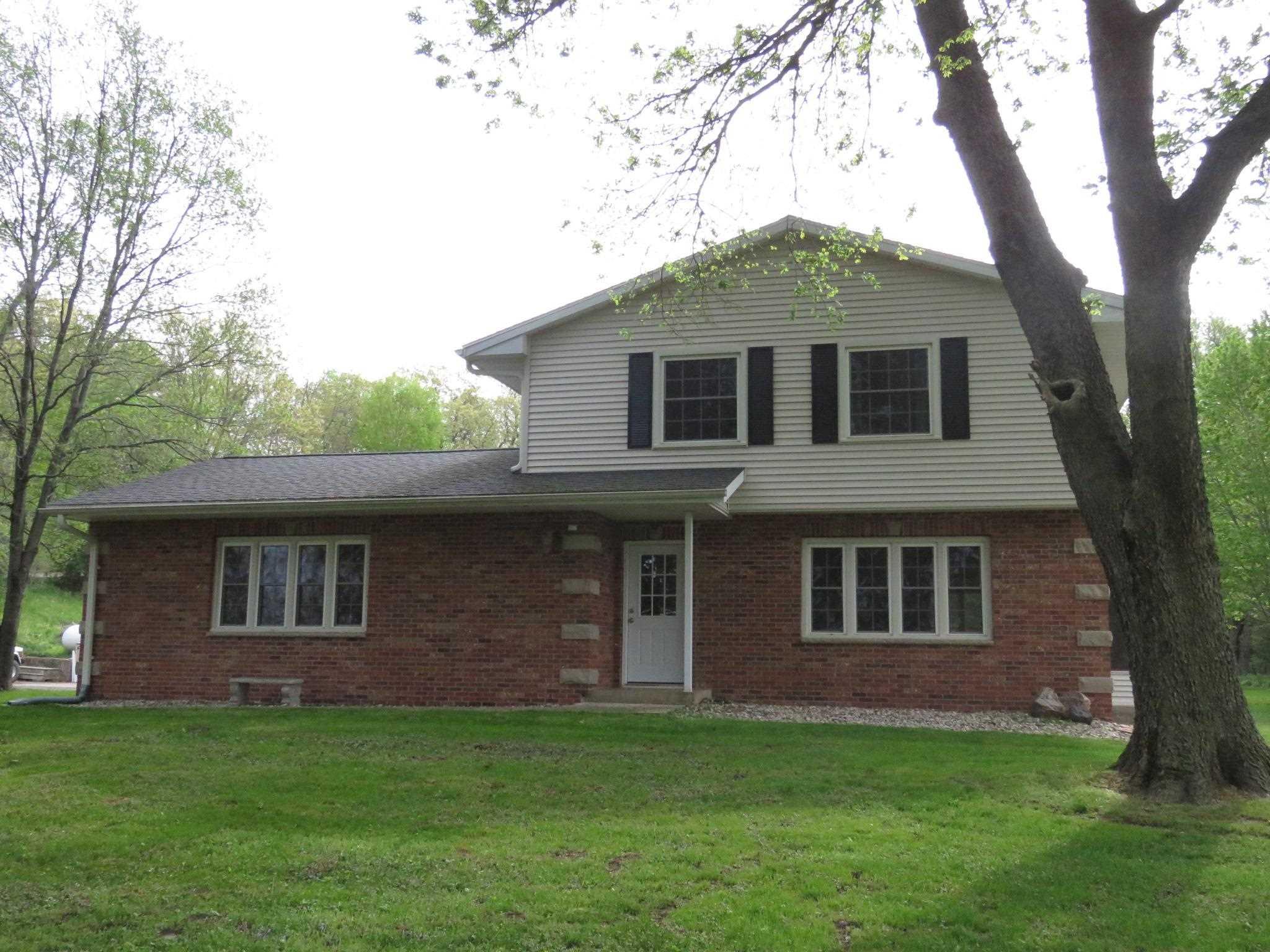 11500 MEREDOSIA Property Photo - Albany, IL real estate listing