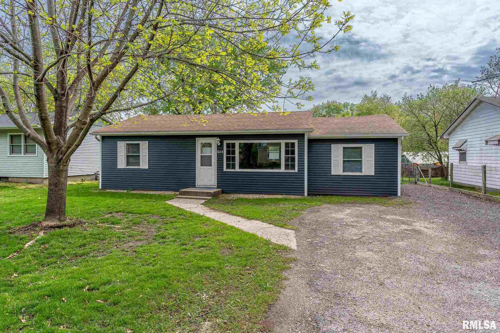 644 S 3RD Property Photo - Colona, IL real estate listing