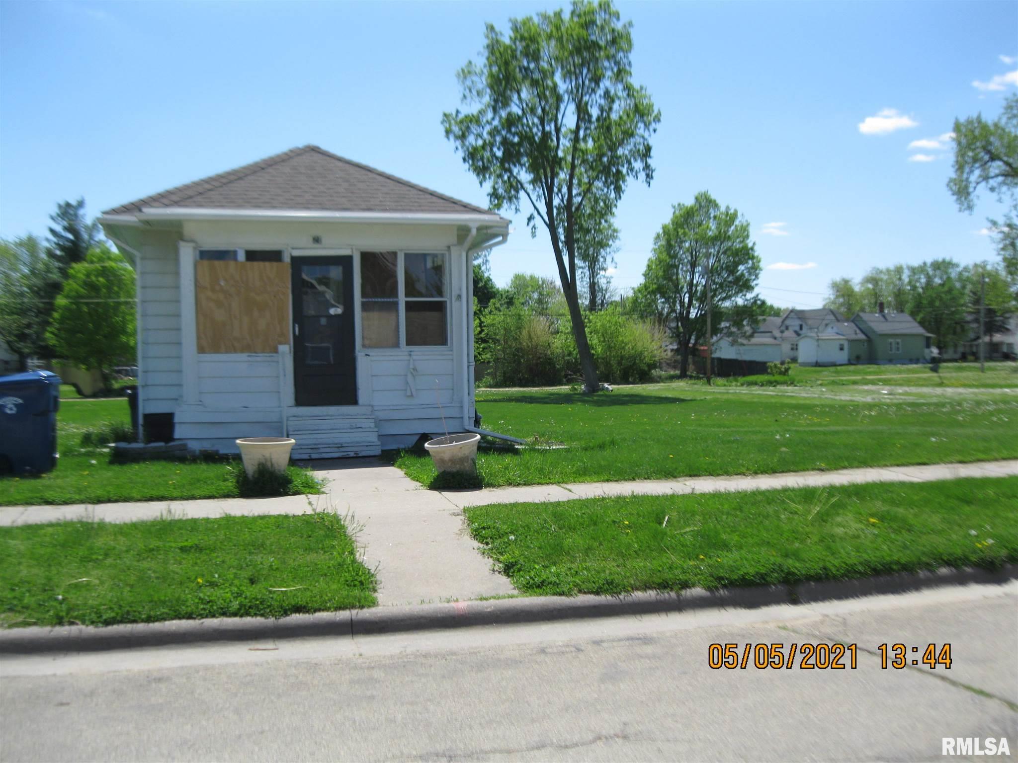 321. 323,327 2ND Property Photo - Clinton, IA real estate listing