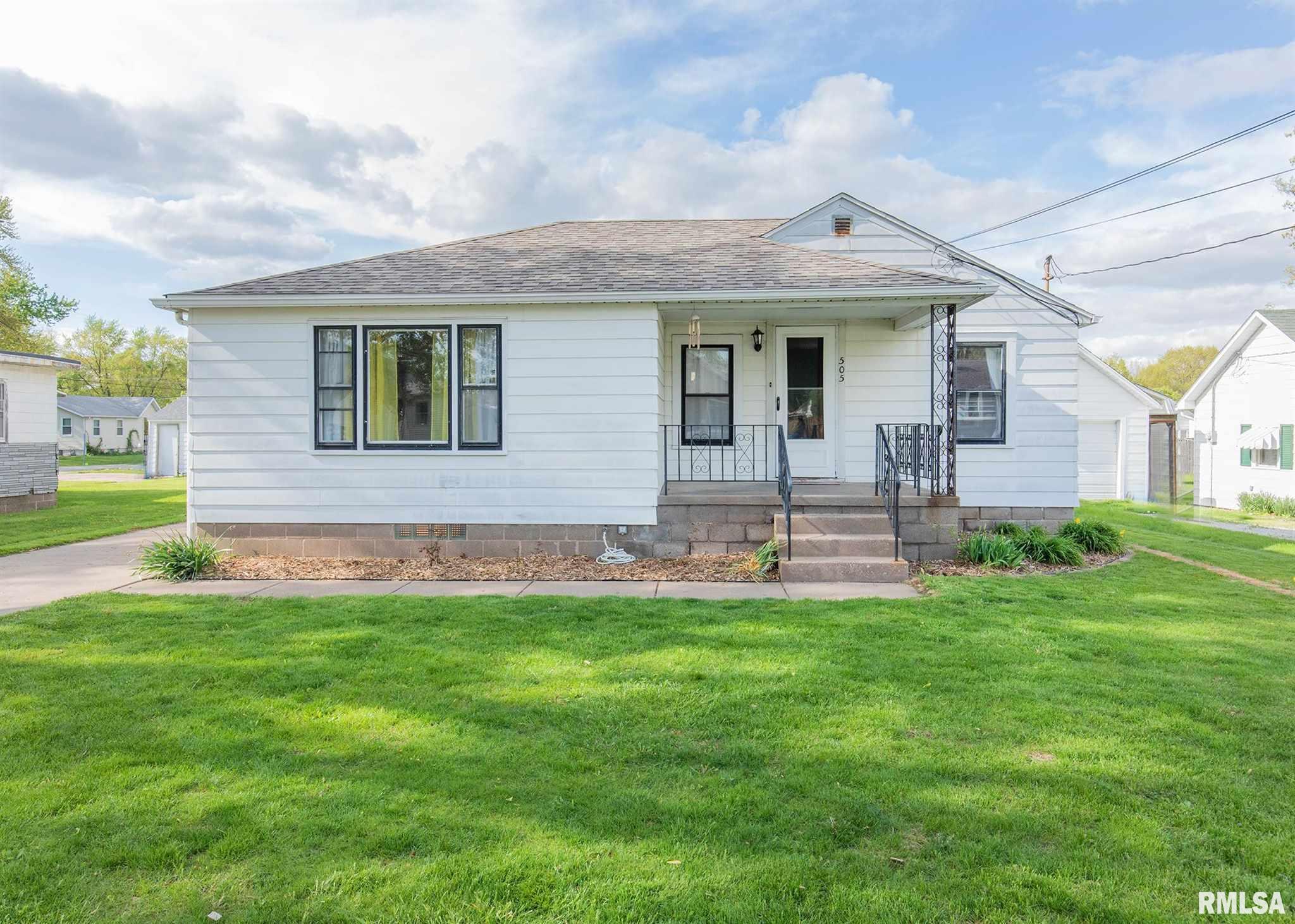 505 8TH Property Photo - Silvis, IL real estate listing