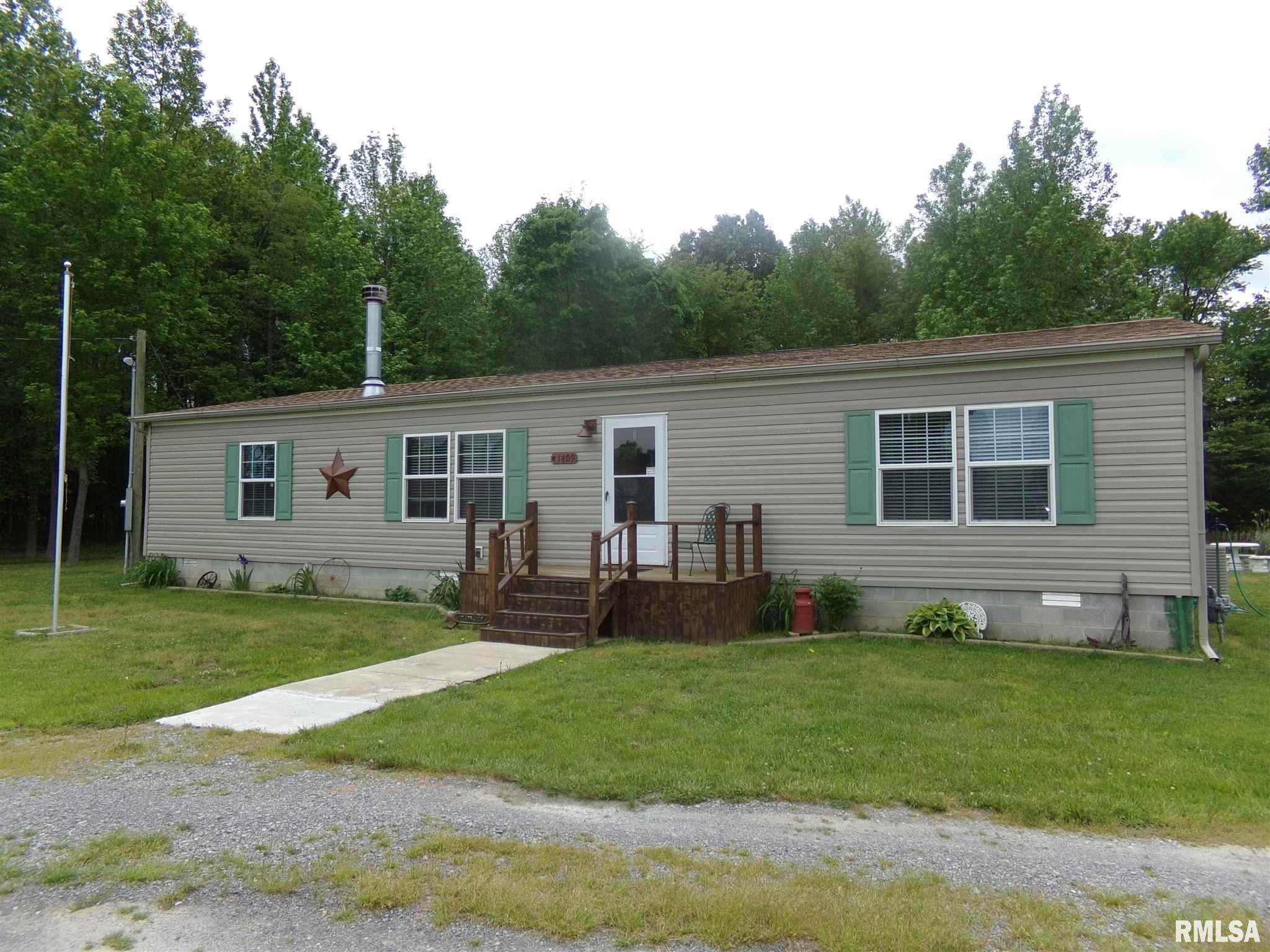 1409 W 5th Street Property Photo 1