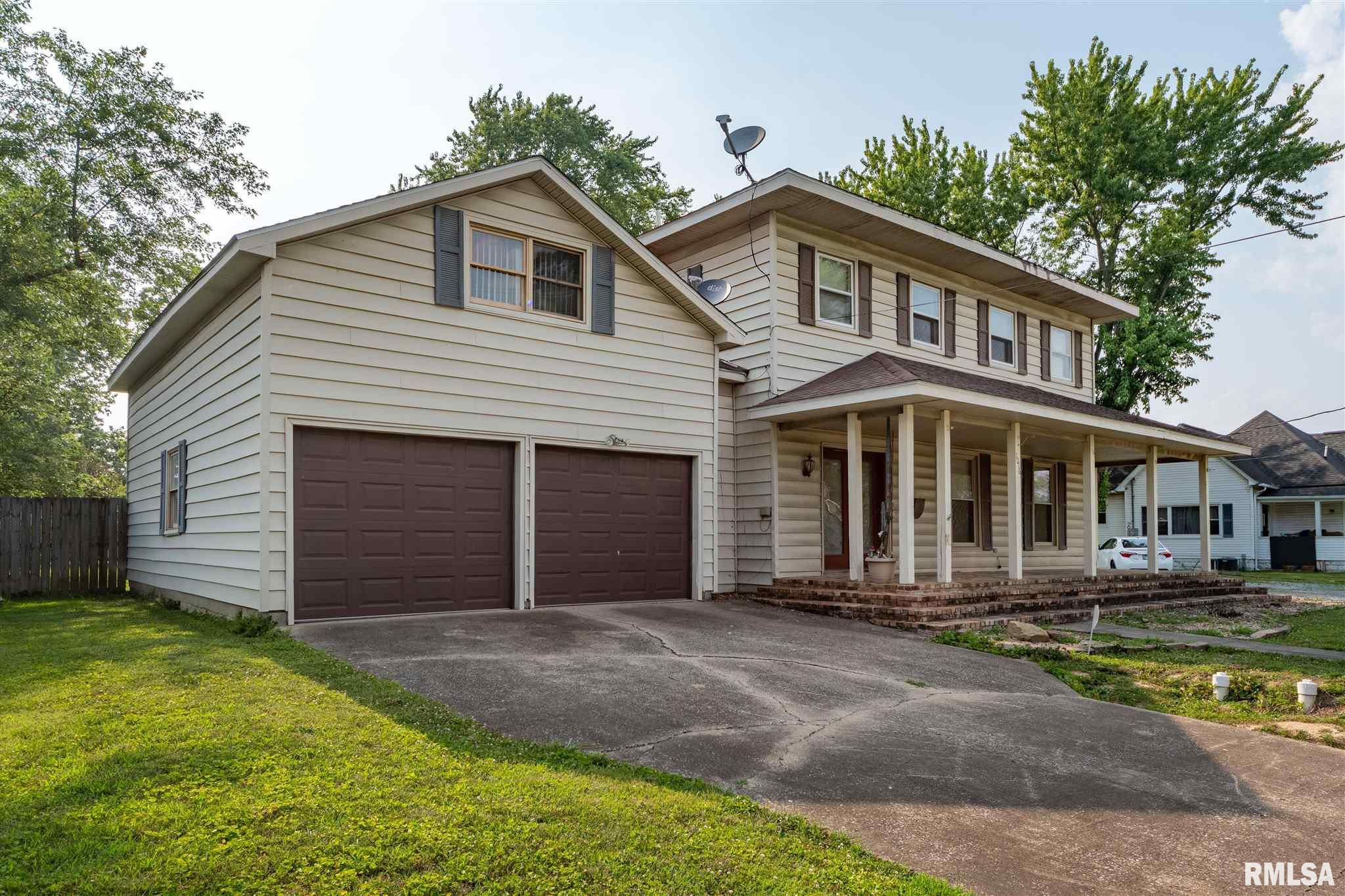 1016 N Van Buren Street Property Photo 1