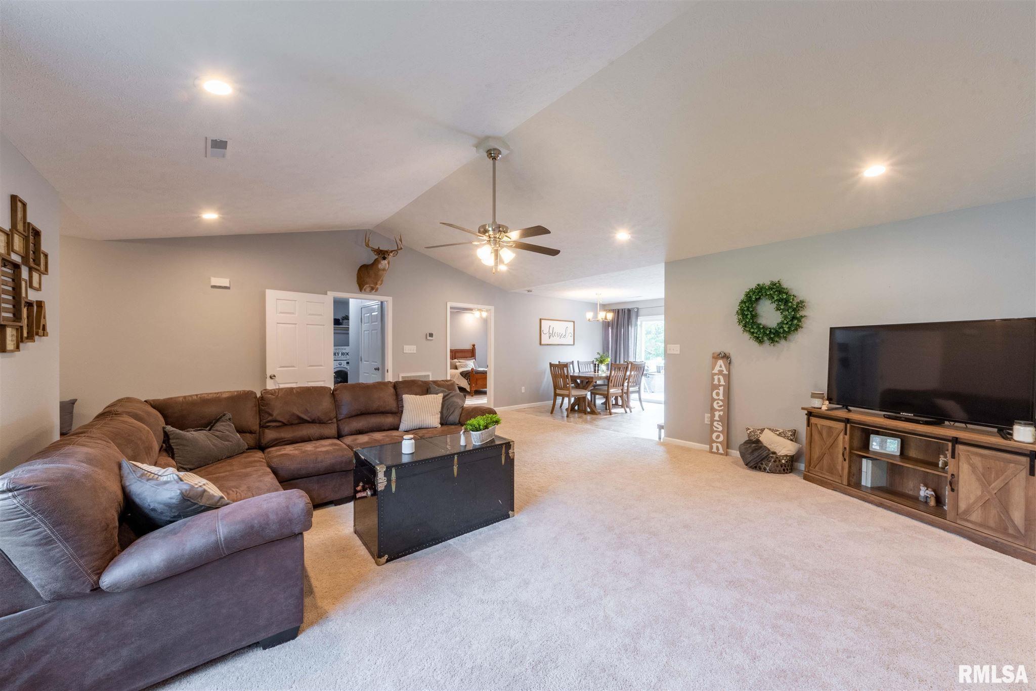 2500 Saddle Lane Property Photo 6