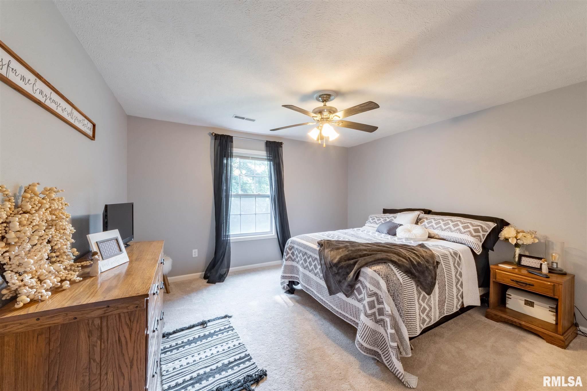 2500 Saddle Lane Property Photo 16