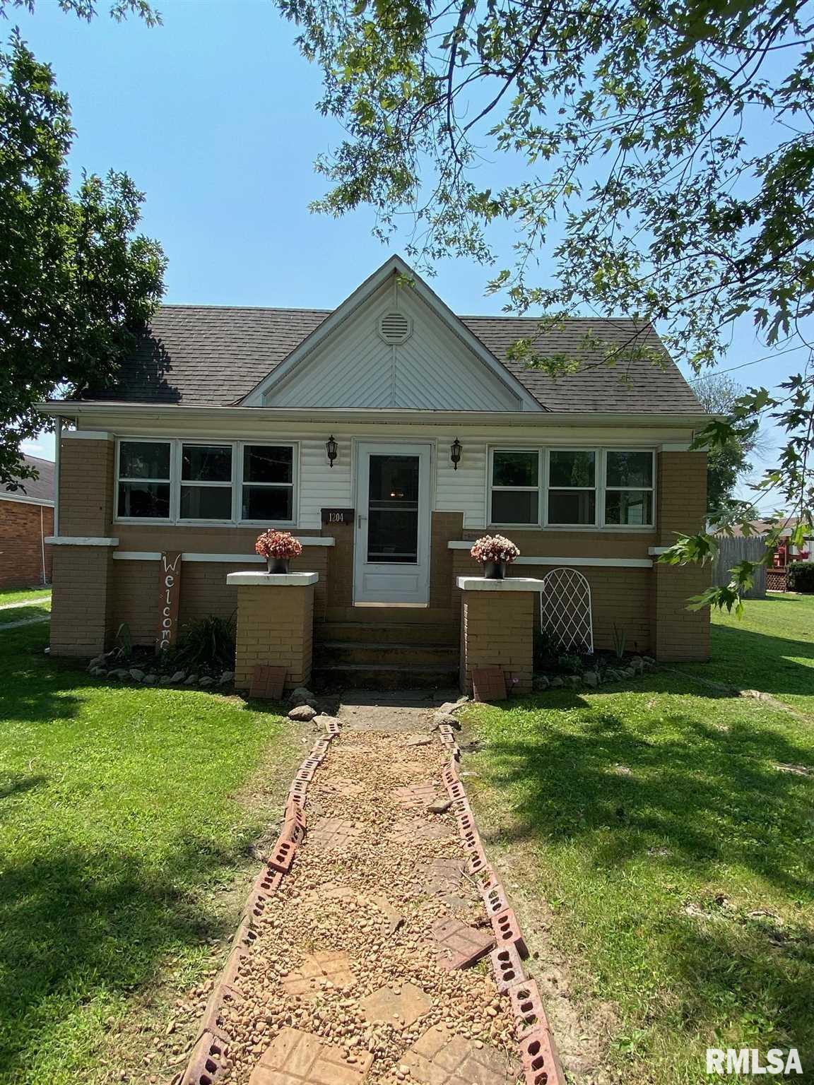 1204 N State Street Property Photo 1