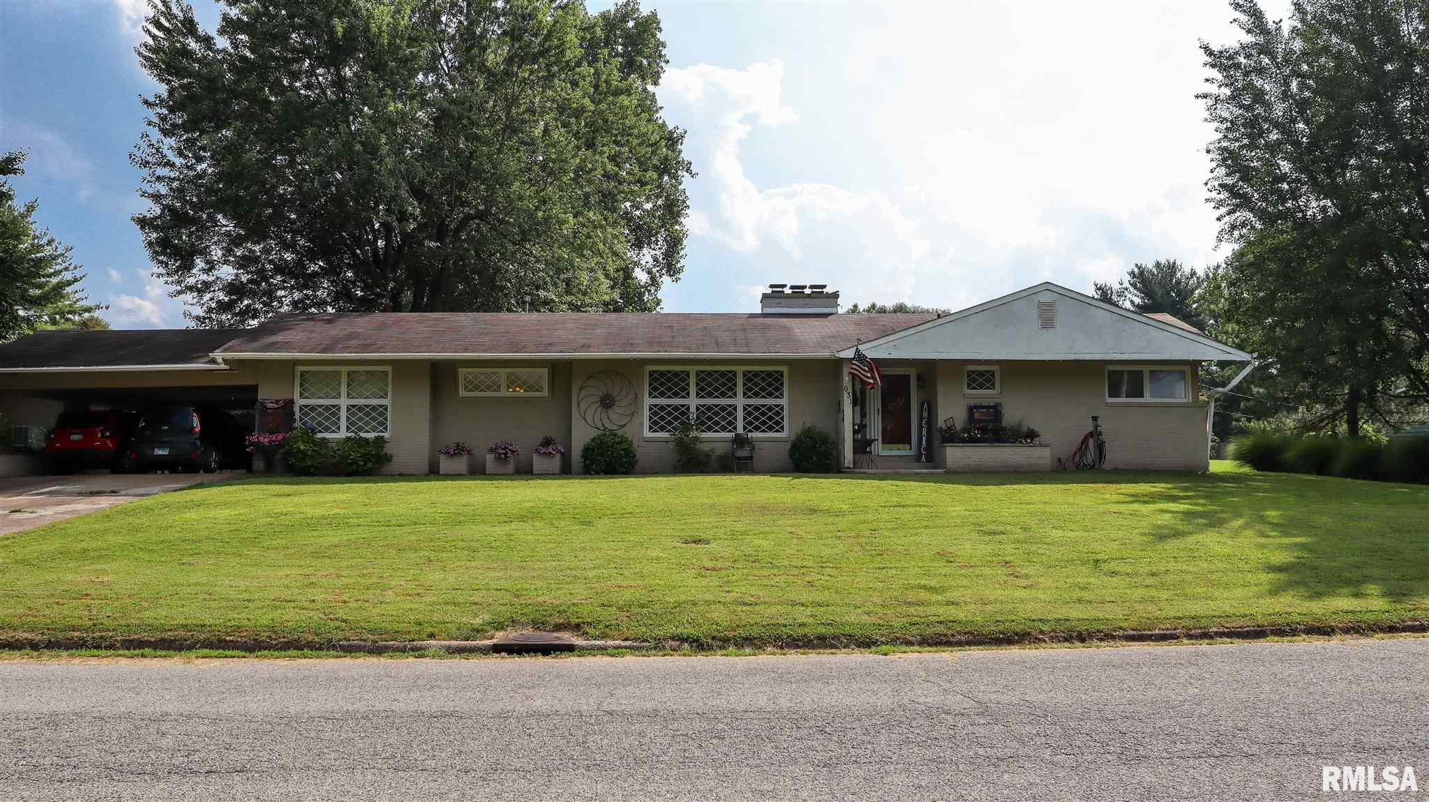 631 Indian Hill Drive Property Photo 1