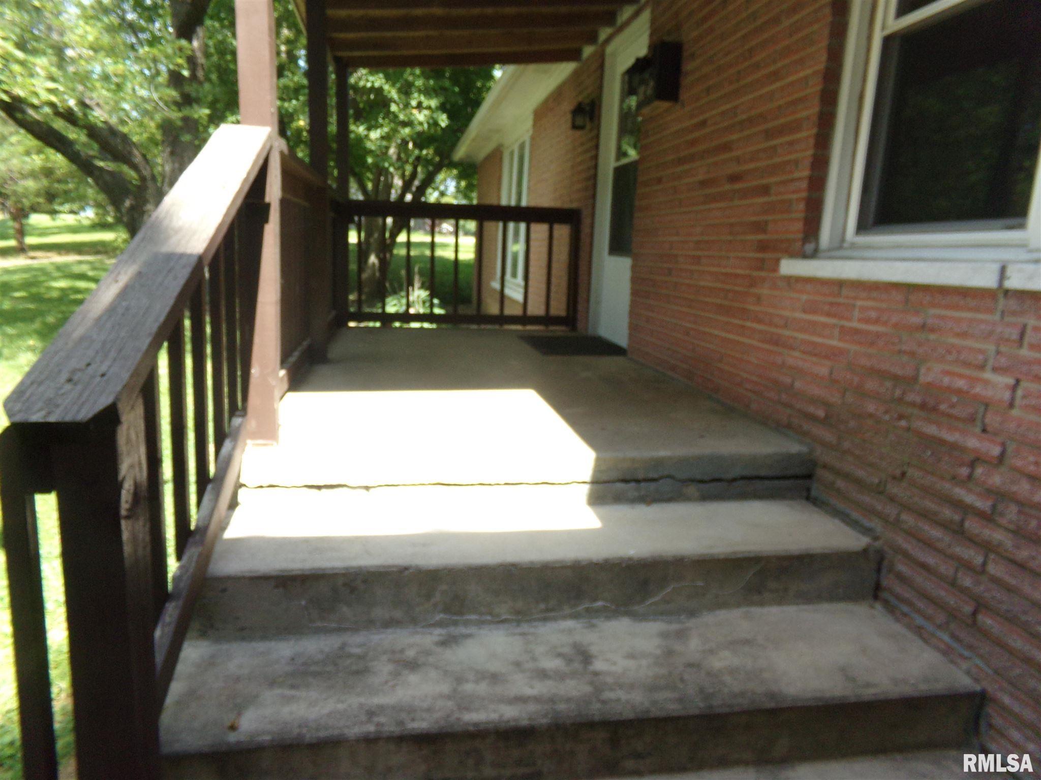 1802 State Street Property Photo 2