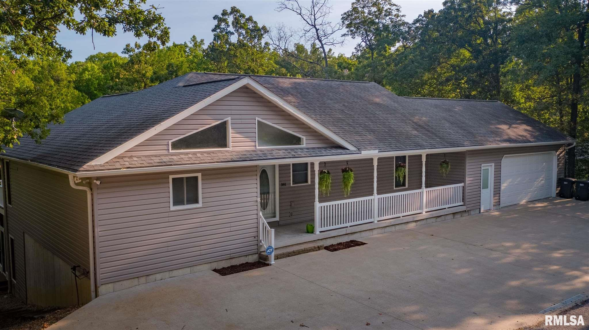 381 Lakeshore Drive South Property Photo 1