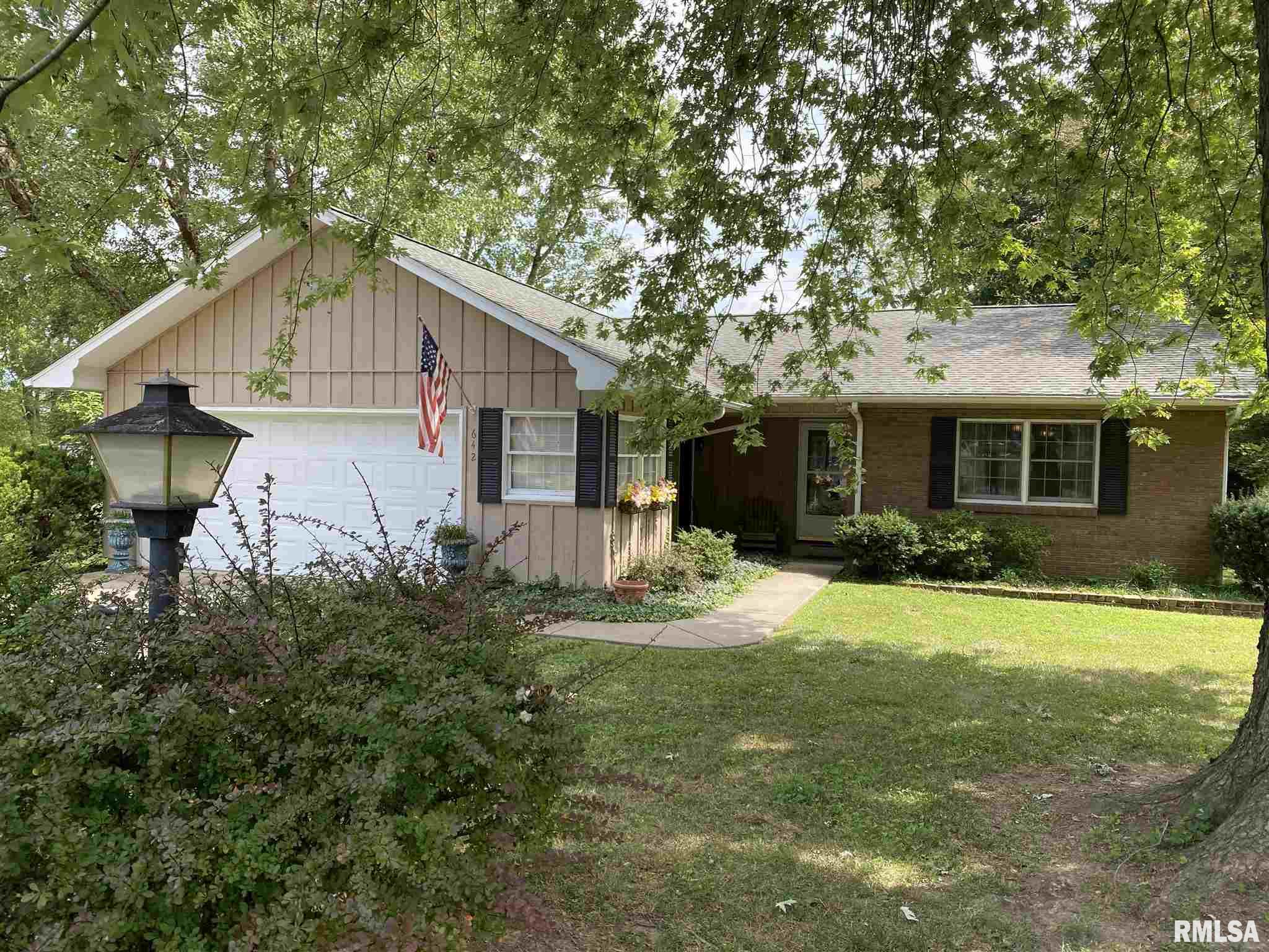 642 Indian Hill Drive Property Photo 1
