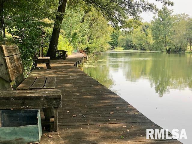 623 Lakeview Lane Property Photo 5