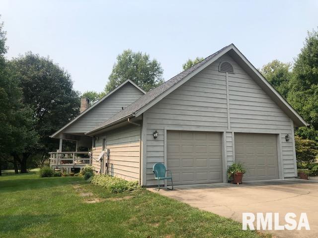 623 Lakeview Lane Property Photo 6