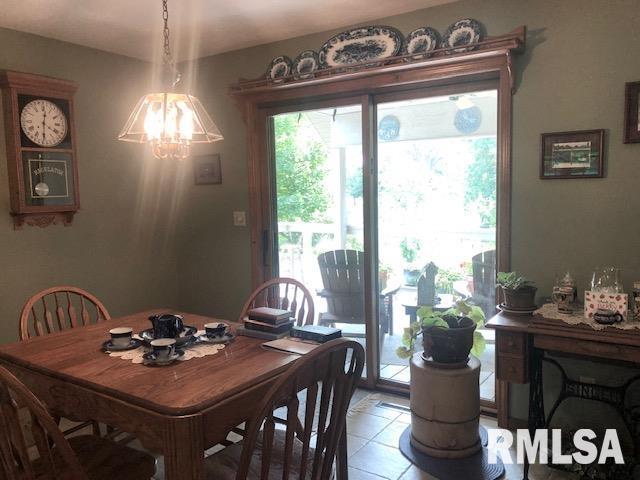 623 Lakeview Lane Property Photo 10