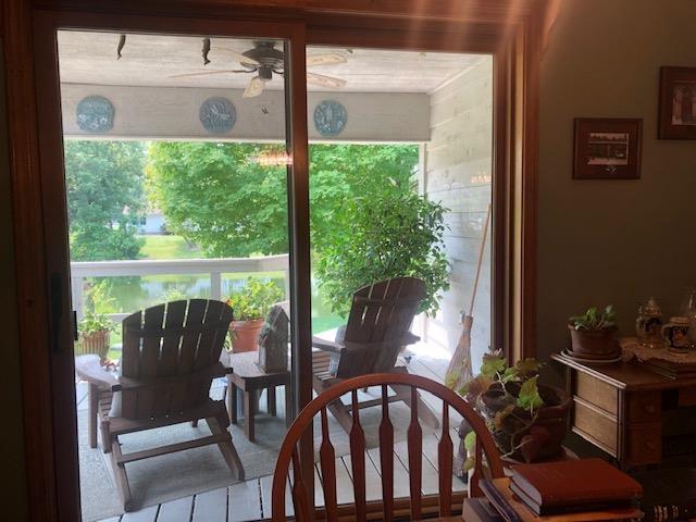 623 Lakeview Lane Property Photo 11
