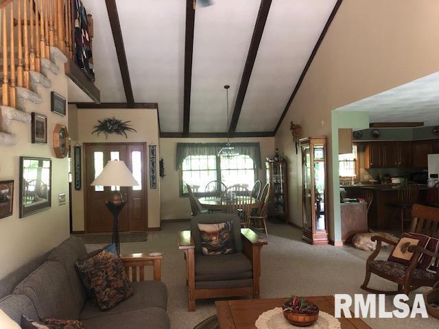 623 Lakeview Lane Property Photo 14