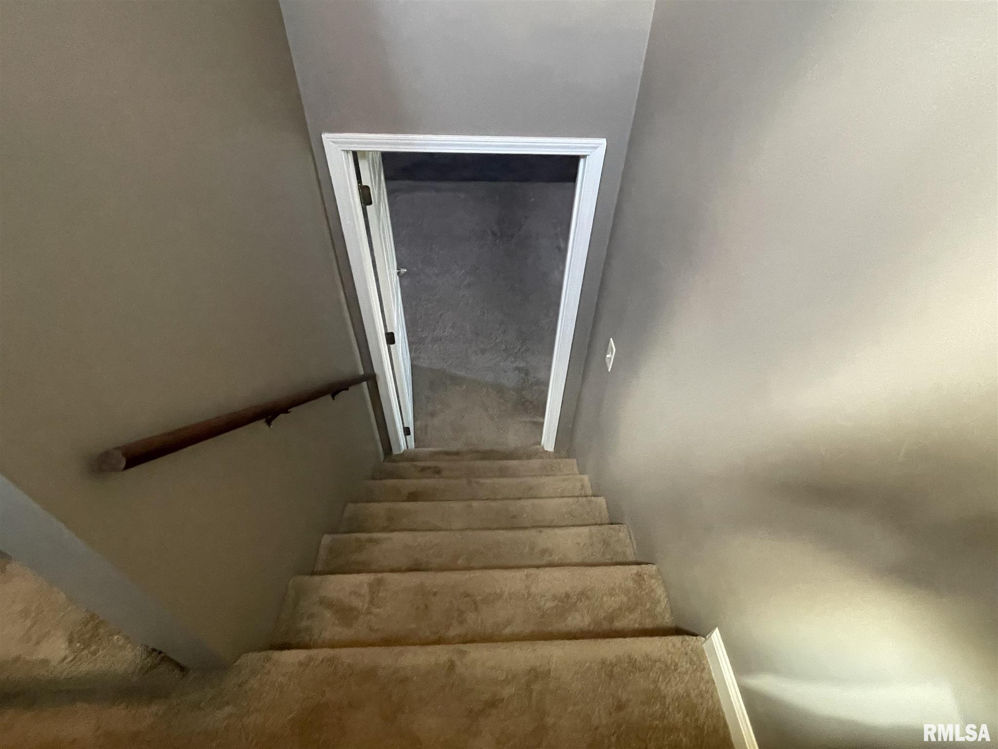 16702 Heatherbrook Lane Property Photo 10