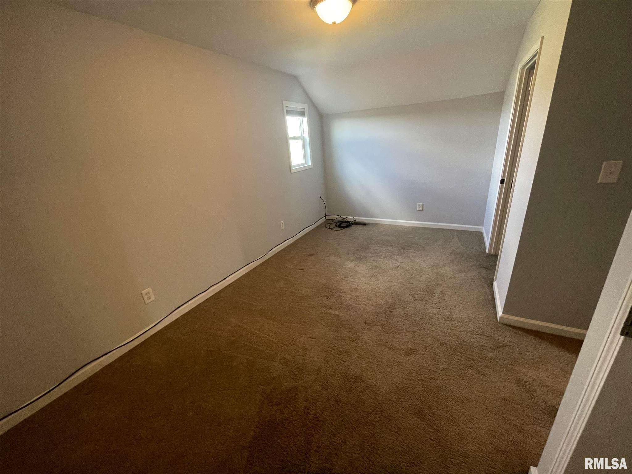 16702 Heatherbrook Lane Property Photo 13