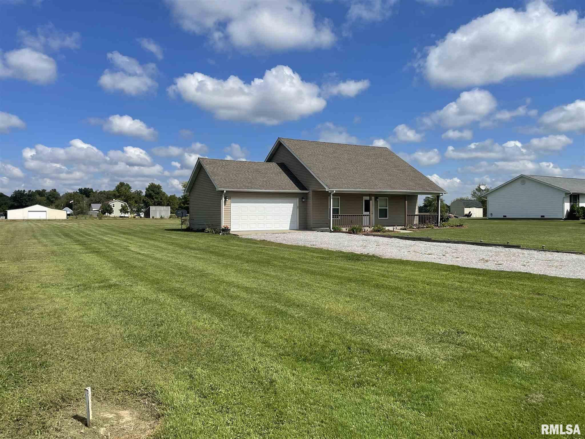 16702 Heatherbrook Lane Property Photo 15