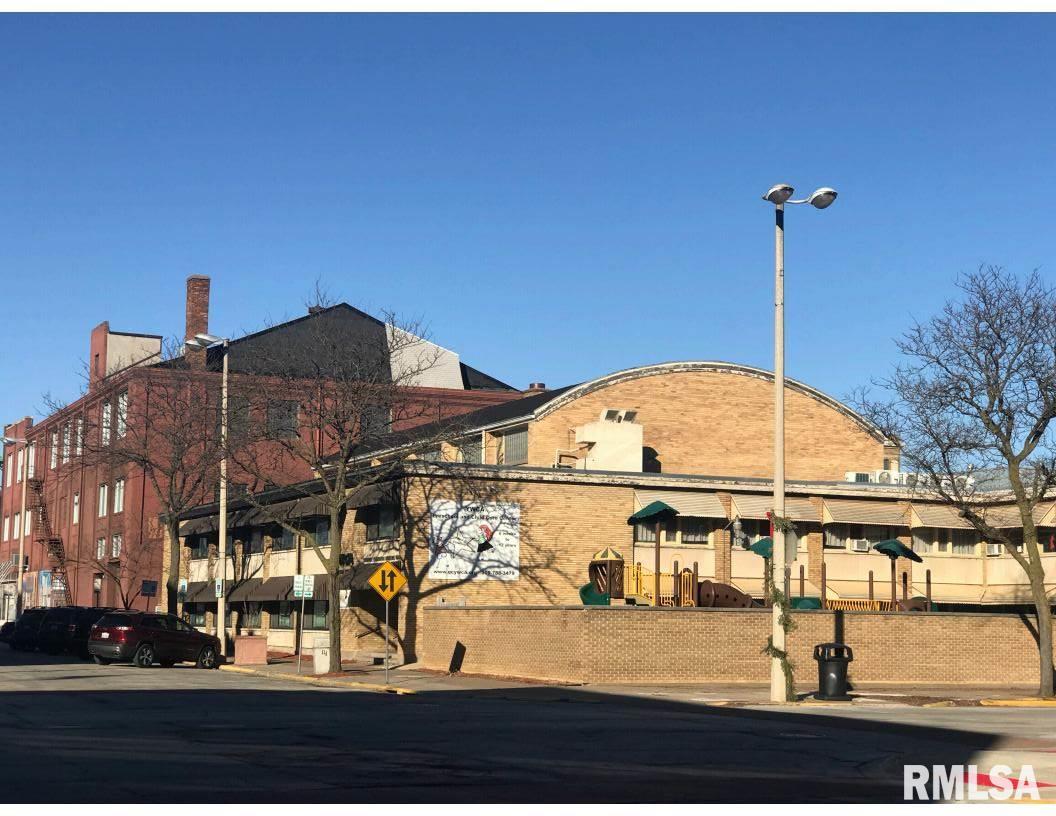 229 16TH Property Photo - Rock Island, IL real estate listing