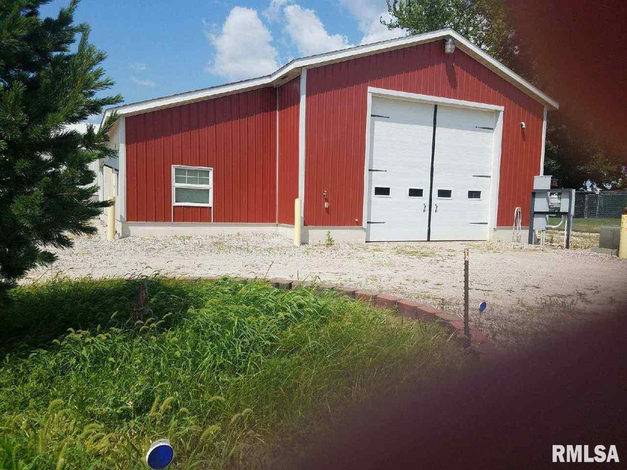 225 34TH Property Photo - Rock Island, IL real estate listing