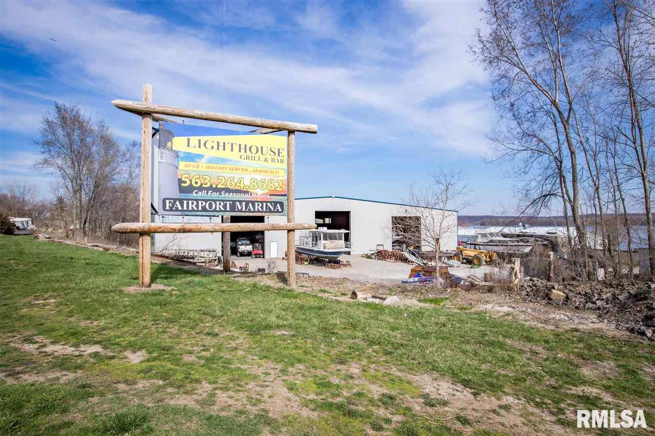 Parcel WATER Property Photo - Muscatine, IA real estate listing