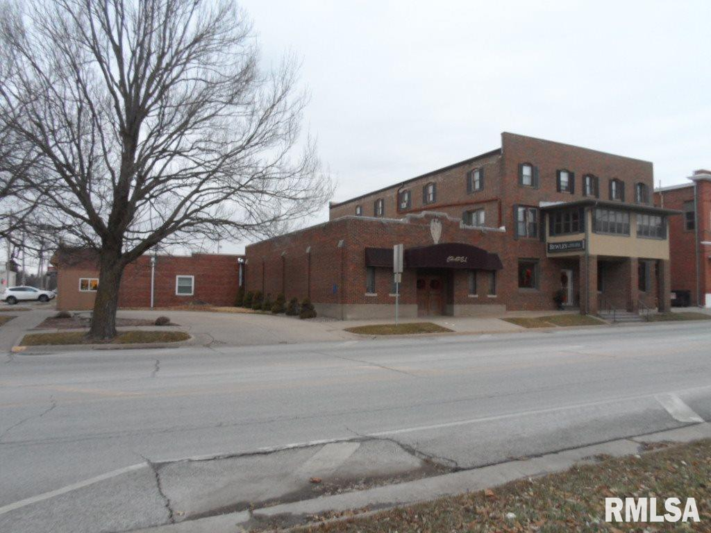 103 SW 3RD Property Photo - Aledo, IL real estate listing