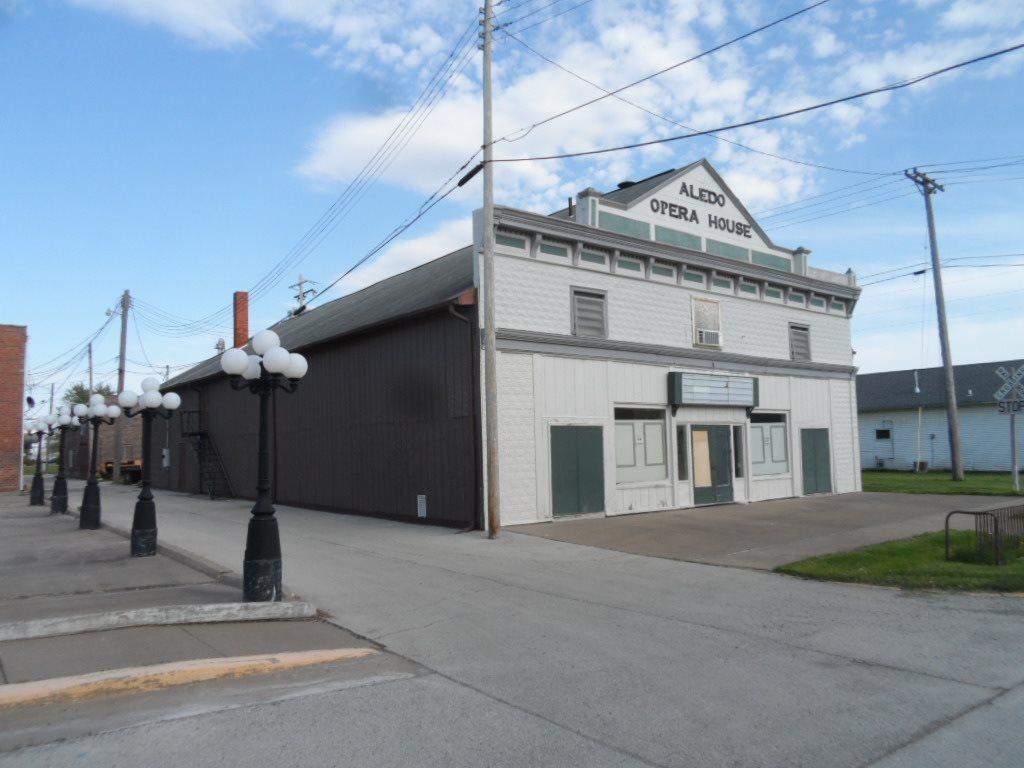 108 SE 2ND Property Photo - Aledo, IL real estate listing