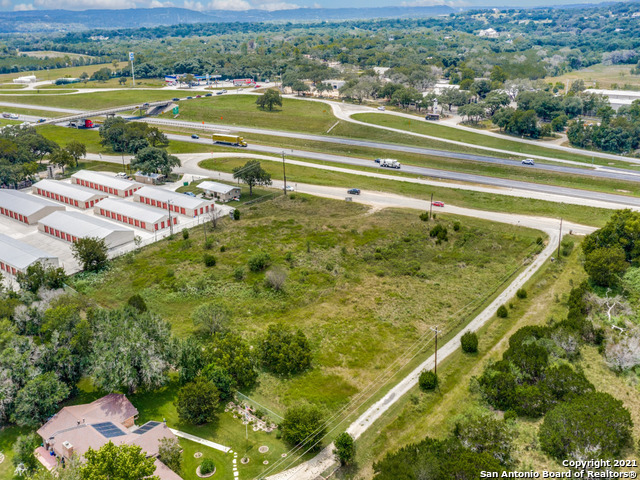 37200 I-10 W Property Photo 1