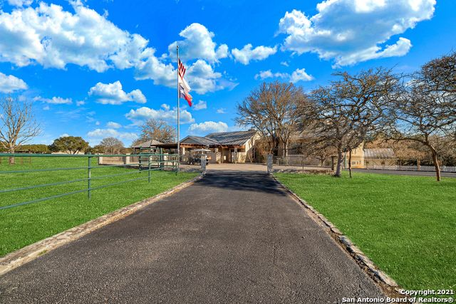 148 Cw Ranch Rd Property Photo 5