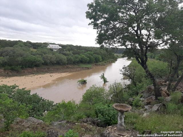 445 Riverside Dr Property Photo 1