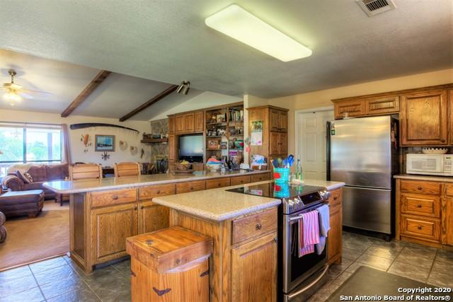 2025 Ranch Road 2323 Property Photo 4