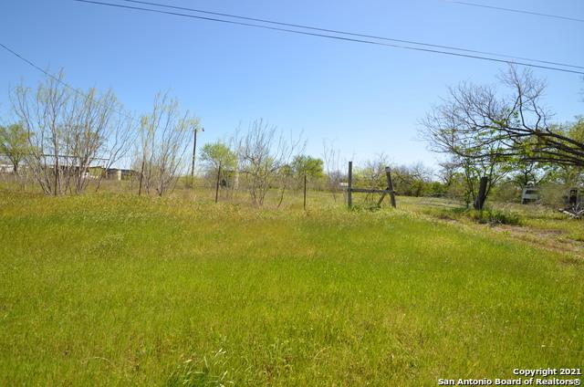 18550 Kinney Rd Property Photo 1